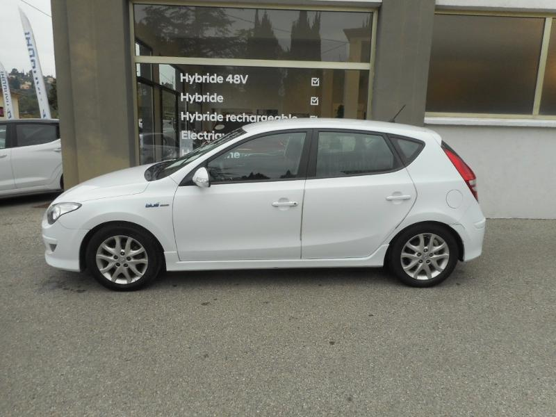 HYUNDAI i30 1.6 CRDi115 Pack Sensation BlueDrive 5p